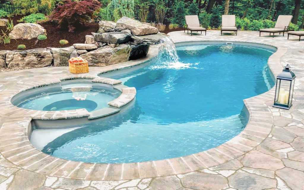 How to Make Your Swimming Pool clear and Healthy