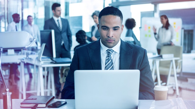 Make Your Employee's Comfortable And Effective Through Brilliant Software Strategy